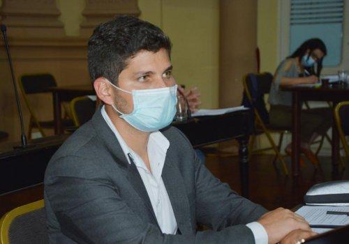 Buscan mejorar el pago de las horas guardias en el hospital del Interior